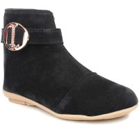 Myntra: Upto 70% OFF on Women's Boots Orders