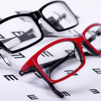 Lenskart: Flat ₹ 999 on 2+ Vincent Chase Economy Lenses Eyeglasses