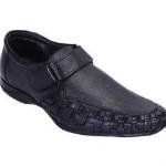 Upto 50% OFF on Men's Footwear Orders