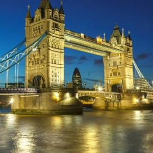 From ₹ 45,500 / ₹ 120,450 on Economy / Business Class LONDON Return Bookings