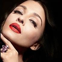 Flat 40% OFF on L'Oreal Paris Makeup Bestsellers