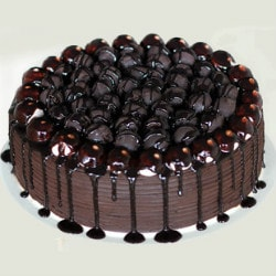 FlowerAura: From ₹ 649 on Delicious Cakes Orders