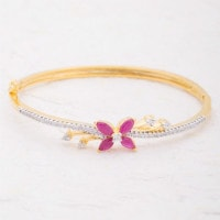 Flat 30% OFF on 18 24 Women's Collection