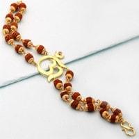 Upto 50% OFF on Men's Jewellery under ₹ 499